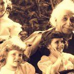 Айнщайн моли дъщеря си да пази това писмо в тайна до момента, в който обществото е готово да приеме написаното в него