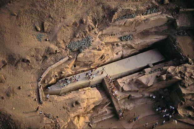 Незавършеният обелиск от Асуан в Египет