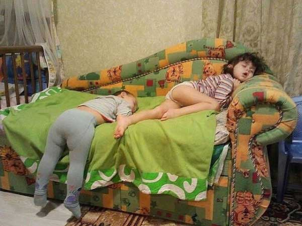 Малките деца не спят, те презареждат