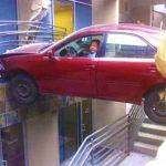 20 човека, които имат нужда от уроци по паркиране
