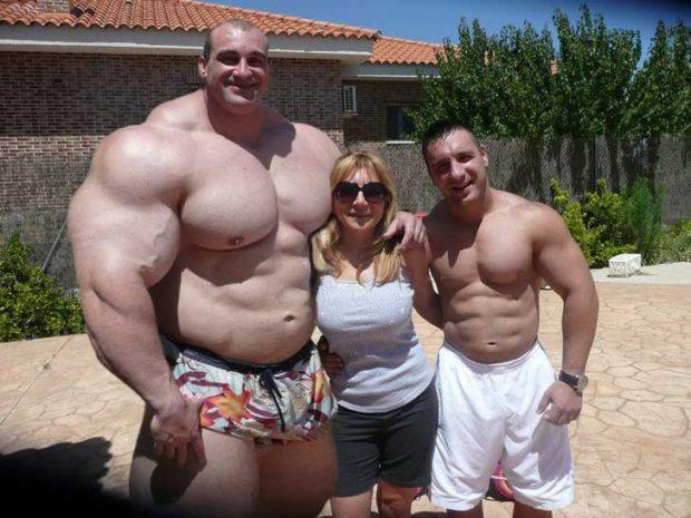 Не вярвай на приятелите си, които ти казват, че прекарваш твърде много време във фитнеса