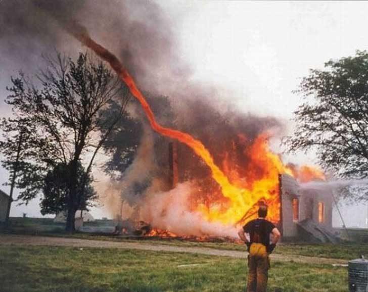 """Мисля, че пожарникарят вече е излишен"""