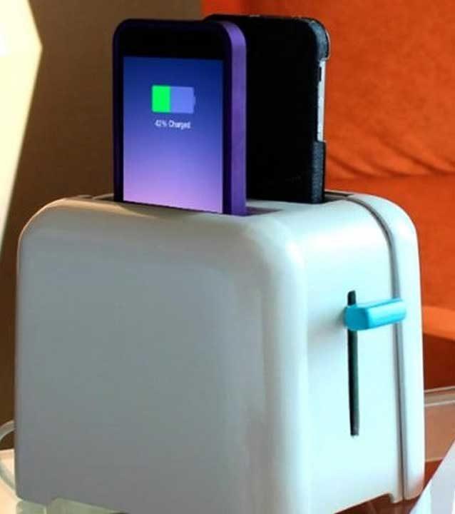 Тостер, в който можеш да си заредиш телефона