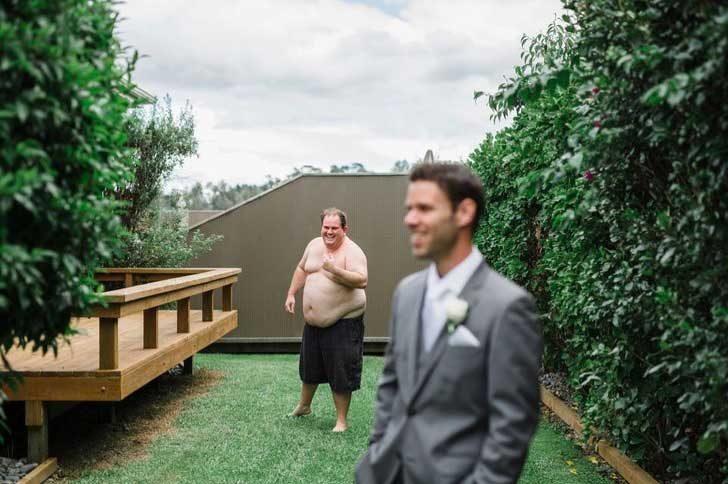 Това щеше да е поредната сватбена снимка, но...