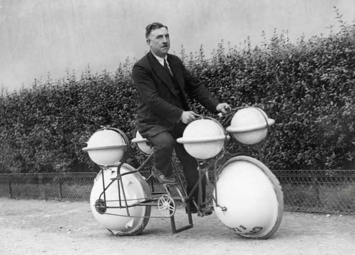 "Велосипед-амфибия, наречен ""Цикломер"", Париж, 1932 г."