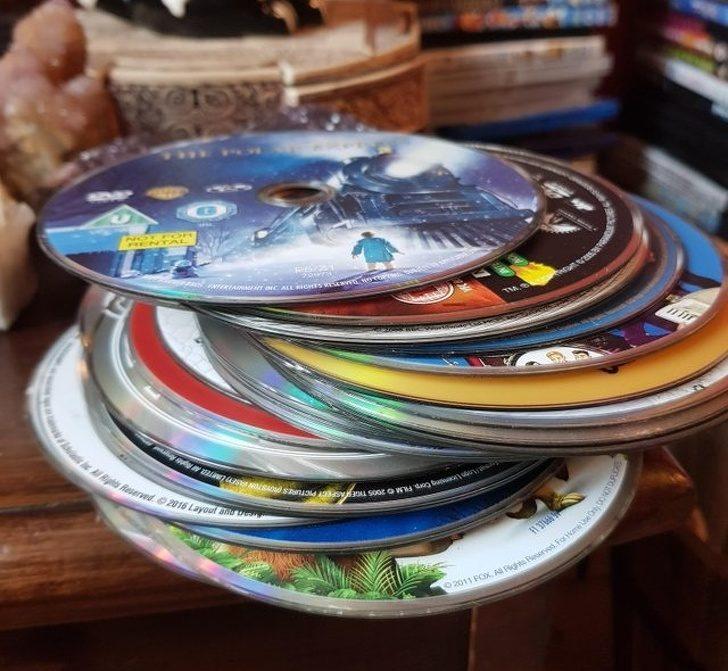 """""""Как родителите ми съхраняват дисковете"""""""