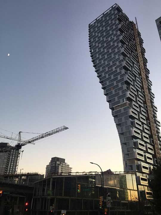Би ли живял в такава сграда?