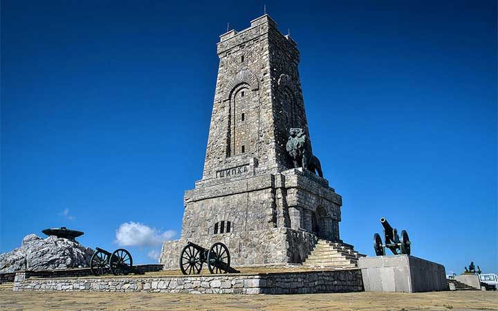Паметникът на Свободата на връх Шипка