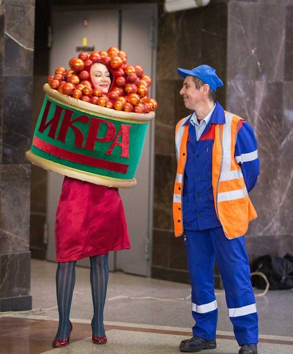 Червеният хайвер е любима храна на руснаците и традиционно ястие на новогодишната трапеза