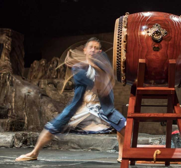 Движенията на този японски барабанист са прецизни и хипнотизиращи