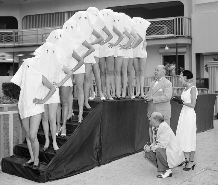 Конкурс за красиви крака, около 1950