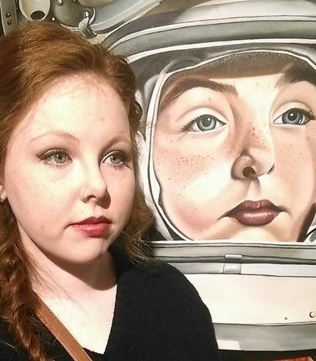 Представи си да видиш себе си на картина, когато посетиш изложба!