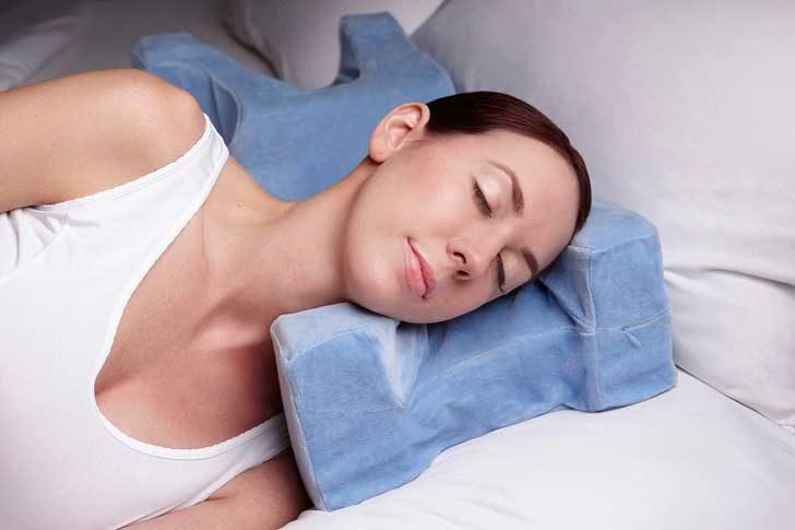 Възглавница, която предотвратява появяването на бръчки по лицето