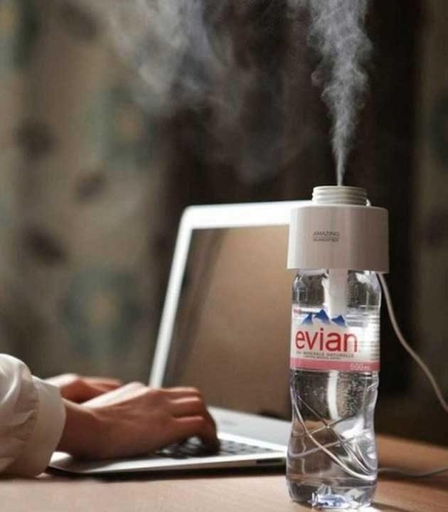 Портативен овлажнител, който можеш да прикрепиш към всяка бутилка с вода