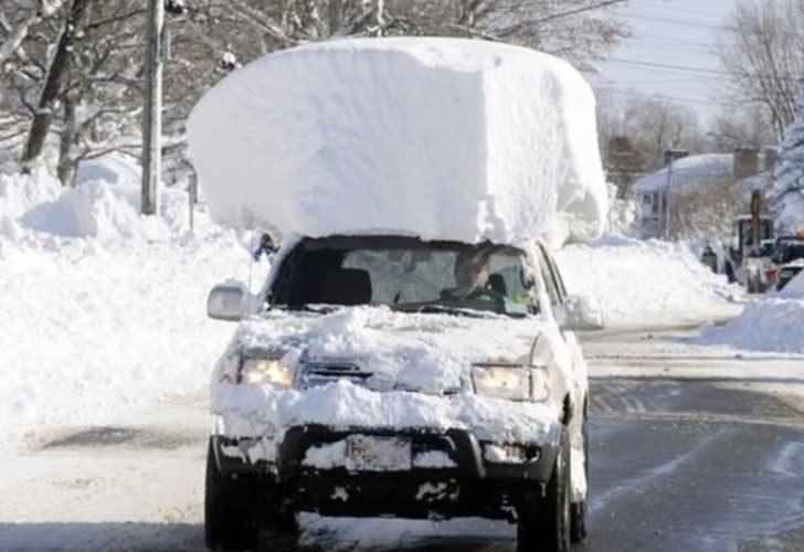 Това е просто движеща се снежна преспа