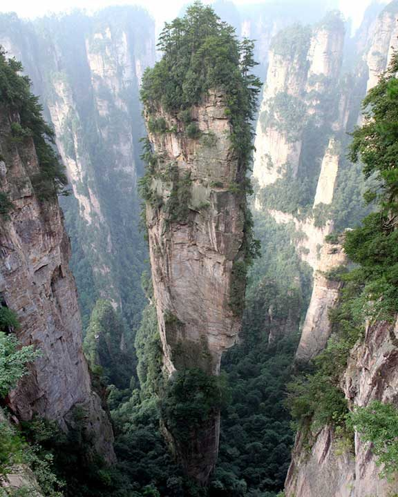 """Планината Тианзи в Китай, вдъхновила Джеймс Камерън за филма """"Аватар"""""""