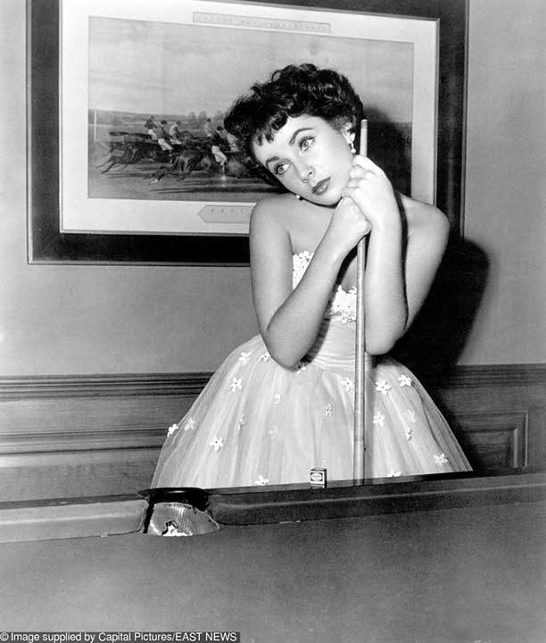 1951: Елизабет Тейлър