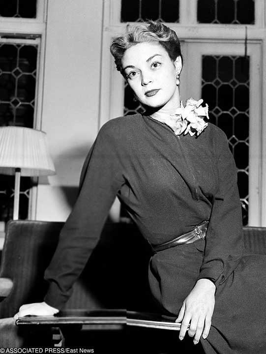 1952: Джийн Патчет