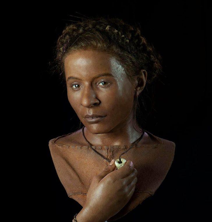 Жената Уайтхоук, намерена близо до Брайтън, Великобритания, около 3500 г. пр. Хр.