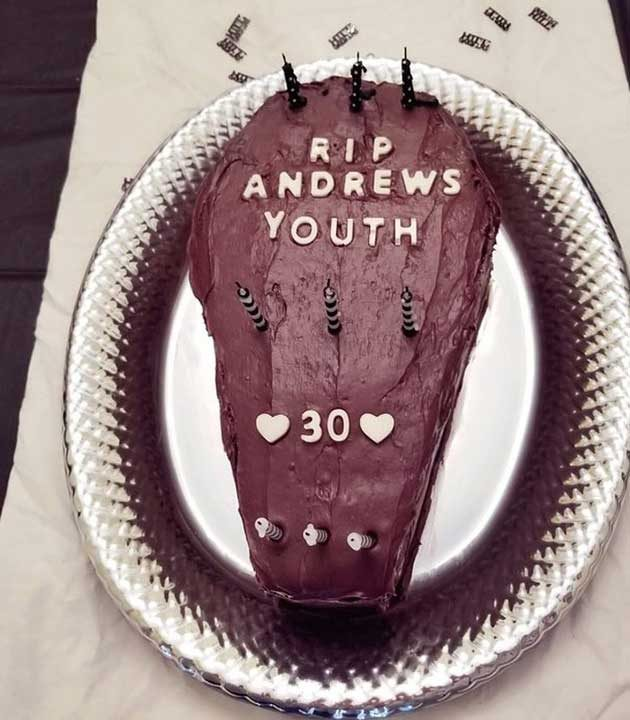 """""""Жена ми приготви торта за 30-тия ми рожден ден"""""""
