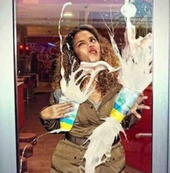 Тя не успя да се наслади на напитките си...