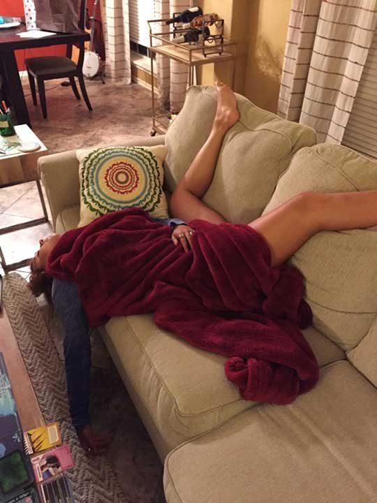 """""""Жена ми спи по този начин... Някой може ли така?"""""""