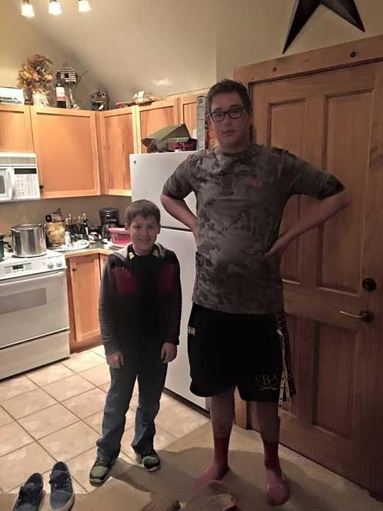 """""""Брат ми и негов приятел. И двамата са на 13"""""""