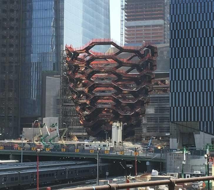 """""""Каква е тази сграда в Ню Йорк"""""""