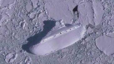 Замръзнал кораб, открит с Google Earth, поражда конспиративни теории