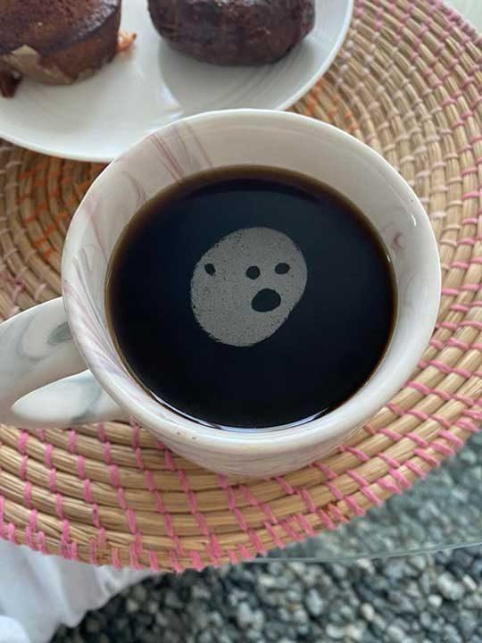 """""""В кафето ми се появи духче"""""""