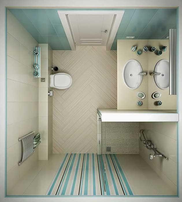 Обемната душ кабина може да бъде заменена с по-малка такава в ъгъла на банята и дренажна решетка на пода