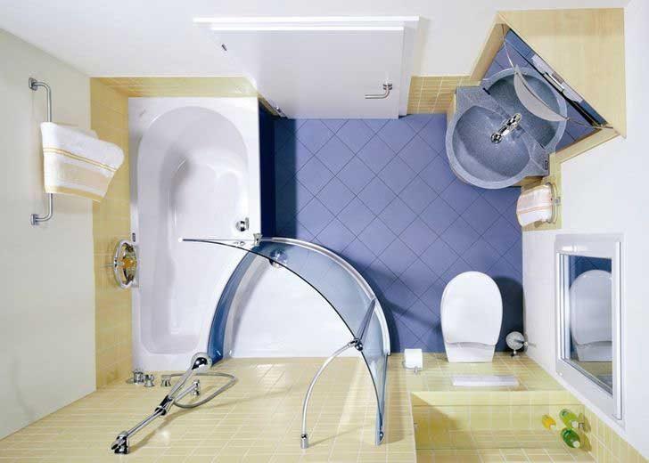 Поставянето на основните елементи в банята по ъглите може да освободи много място