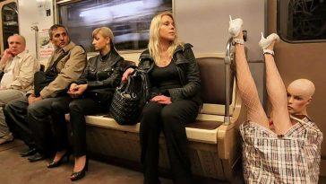 19 забавни снимки на странни хора в градския странспорт